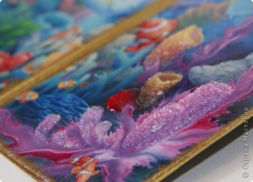 """Второй вариант обложки на тему """"Морские глубины"""", с использованием распечатки работы Дэвида Миллера. фото 2"""