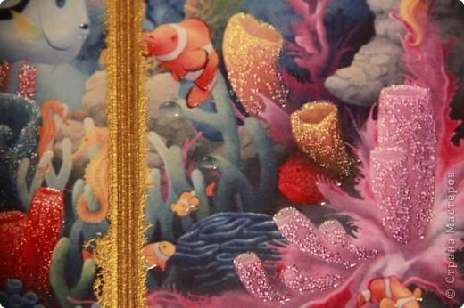 """Второй вариант обложки на тему """"Морские глубины"""", с использованием распечатки работы Дэвида Миллера. фото 3"""