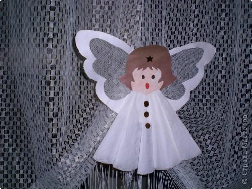 Вот таких ангелочков мы делали с ребятами в детском саду для украшения группы. фото 1