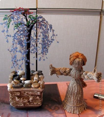 Самая первая работа - сакура и кукла из веревки.