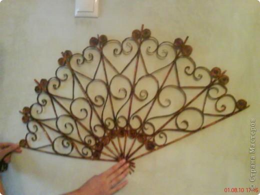 Летом в жаркую погоду, отдыхая на даче захотелось сделать веер,чтобы повесить на стену. фото 1