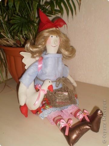 У меня ведьмочки какими то красавицами получаются. Гусь держится на липе.  фото 3