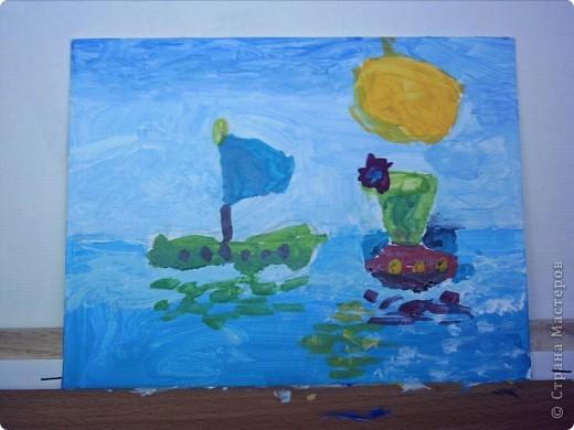 Елизавета изобразила два карабля,один с принцессами,другой с мальчиками,принцессы плылут к Лизе а мальчики к мальчикам.Так сказала Елизавета. фото 1