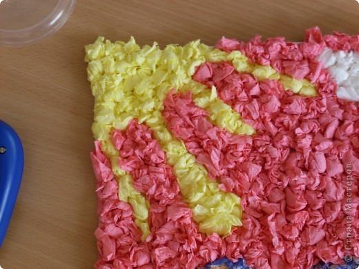 Вот такую работу смастерили вместе с Элиной-9 лет, из салфеточных шариков.  фото 2