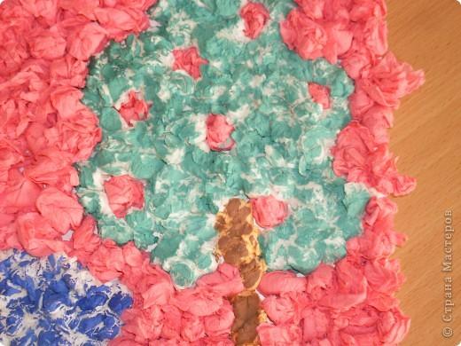 Вот такую работу смастерили вместе с Элиной-9 лет, из салфеточных шариков.  фото 4