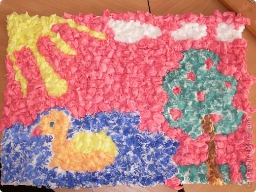 Вот такую работу смастерили вместе с Элиной-9 лет, из салфеточных шариков.  фото 1