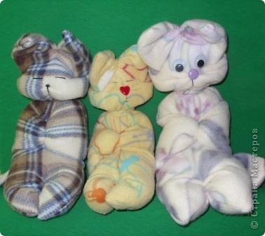 Коты-сплюшки (из шарфа)