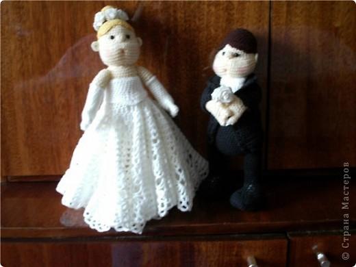 Вот такую парочку связала для сестренки на серебряную свадьбу. Спасибо за описание Танечке-Mirabilis с Сатилины.