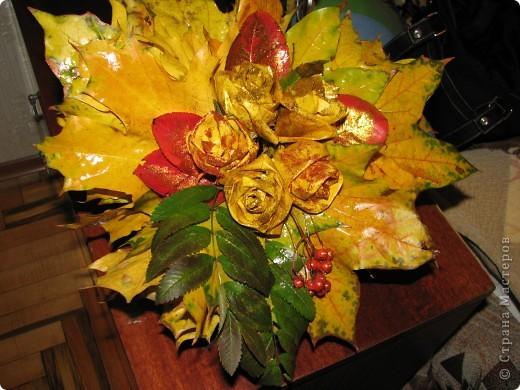 это мы сделали розы, и посыпали их блёсточками, очень даже красиво получилось)))_ фото 3