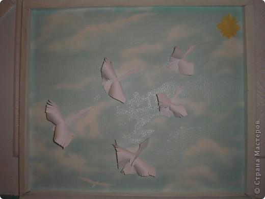 Вот и у нас собрались гуси - лебеди в стаю и полетели в тёплые края.