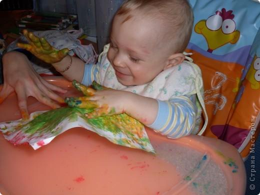 Вот так рисовал мой сынок на днях,Работы минут на 10,зато воссторга и уборки.....))))).это с чего начинал, фото 4