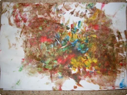 Вот так рисовал мой сынок на днях,Работы минут на 10,зато воссторга и уборки.....))))).это с чего начинал, фото 2