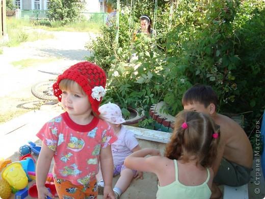 Ещё летние шапочки для дочек фото 3