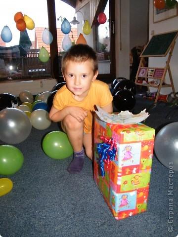 День рождения любимого пирата - декор, газета, стол и мы))) фото 4