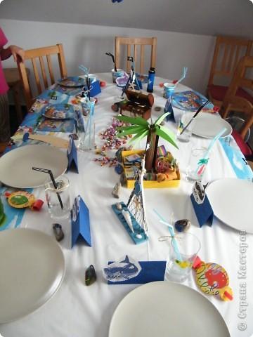 День рождения любимого пирата - декор, газета, стол и мы))) фото 15