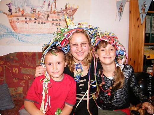 День рождения любимого пирата - декор, газета, стол и мы))) фото 32