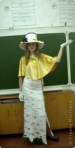 Вчера, в последний день четверти в нашей школе проводился Осенний бал. Мой 8а класс представлял модель березки. фото 24