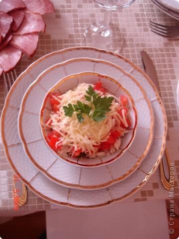 Закуска с красной икрой и новый салат для мужчин фото 3
