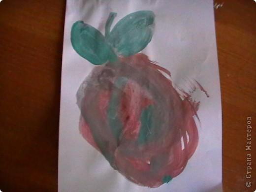 рыбка. Дочь очень любит рыбок и рисует их чаще остальных. фото 7