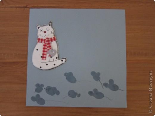 продолжение альбома..кот и мыши,кот-готовая деталь,наклеили,мыши=отпечатки..   фото 1