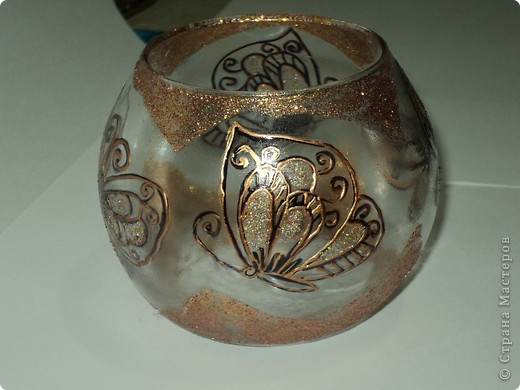 """Вот так я расписала баночку для чая """"Каркадэ"""", который любит мой старший сын. Расписана акриловыми красками, завитки из простых швейных ниток. фото 4"""