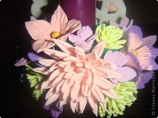 Подсвечник, украшенный цветочками. фото 6
