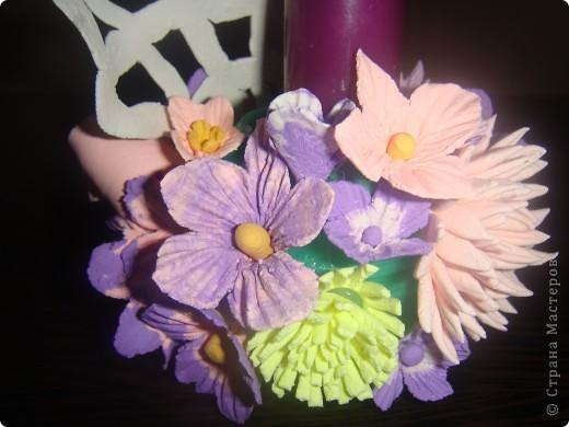 Подсвечник, украшенный цветочками. фото 7