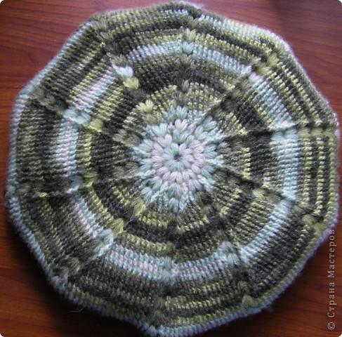 Для вязания берета использовала пряжу - Ангора батик (Angora batik) 50 % мохер 50% акрил. Состав: 50% мохер 50% акрил Вес: 100гр Длина нити в мотке: 440м Потребовалось около 150 г. фото 7