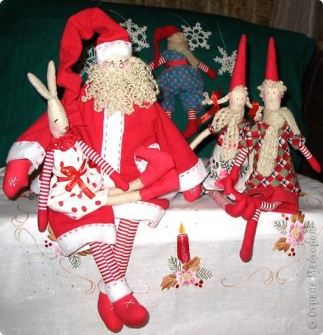 Санта у меня получился очень серьезным мужчиной. рост 50см. фото 3