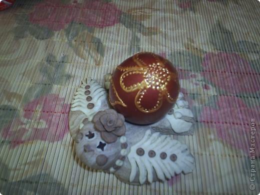 Курочка из соленого теста  подкрашенного какао, глазки гвоздички.  фото 3