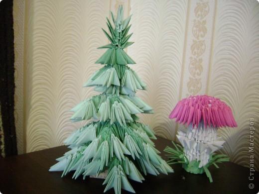 Вот такая елочка получилась по схеме Татьяны Просняковой