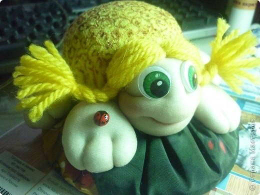 Увидев такую-черепашку-игольницу у Ликмы не смогли удержаться и сделали с дочкой такую-же. фото 2