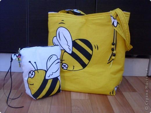 Сумка-пчелка с косметичкой фото 1