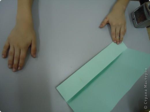 Как и обещала,представляю Вашему вниманию МК по изготовлению бумажного домика. С большим энтузиазмом взялись мне помочь два ученика третьего класса. фото 6