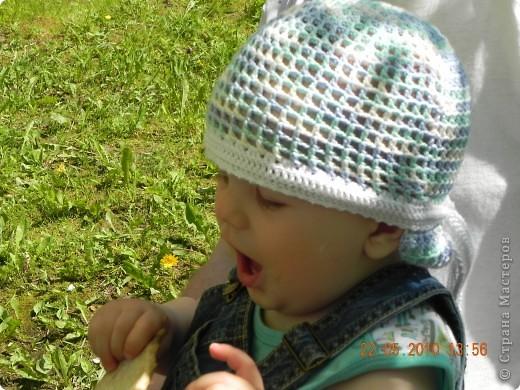 Летом ребенку связала вот такие банданы.Ну очень удобная вещь! Рекомендую.Даже мотка Бегонии от Yarn Art  не ушло. фото 2