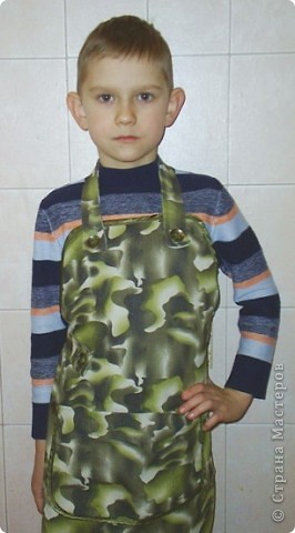 Сшился такой пенальчик в художественную школу для сына, чтобы кисточки не валялись и не терялись. Стретч джинс, косая бейка, пару пуговиц. фото 3