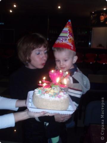 Вчера у Игнатушки был день рождения, ему исполнилось 2 годика, и благодаря нашим мастерицам (Елене Тафиню)  ElenaTafuni ~  за идеи, за что им огромное спасибо!я сделала вот такой тортик с сюрпризами для деток:)) фото 11