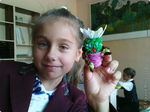 Вот моя и не только моя фантазия разливается в различных  бумажных красках, порхает бабочкой по цветам, представляется сказочными героями и улыбается на лицах наших детей.  фото 5