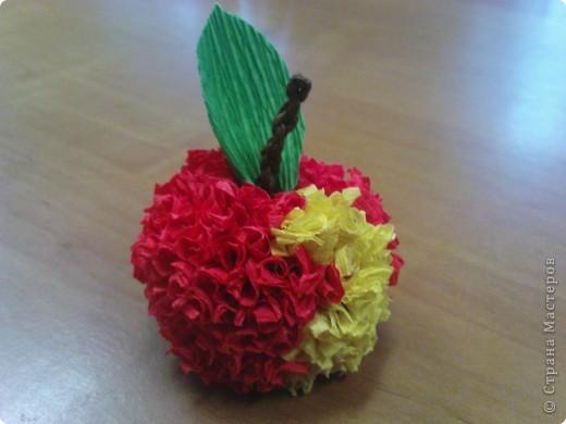 """Вот такие фруктики мы с детишками  кружка """"Моя фантазия"""" собрали этой осенью. фото 3"""