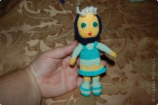 куклена по описанию Розетки. но моя решила повернуть свою голову в сторону. да и глазки у нее не доконца сделаны фото 4