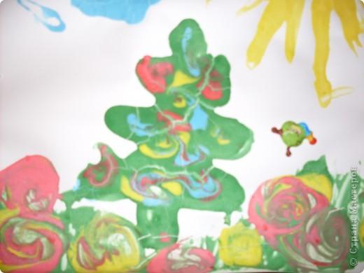 Решили с детишками немного порисовать,но не красками а жидким тестом.И вот что получилось,использовали,ложки,зубочистки и кисточки. фото 2