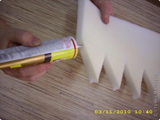 Шапочка: из поролона вырезаем прямоугольник длина которого соответствует размеру головы (54см.), а высота 16-20см. фото 3
