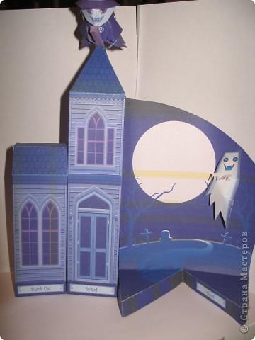"""Поделка на Хэллоуин из бумаги. Выкройка готовая взята с того же сайта ,что и """"домашний кинотеатр"""". фото 4"""
