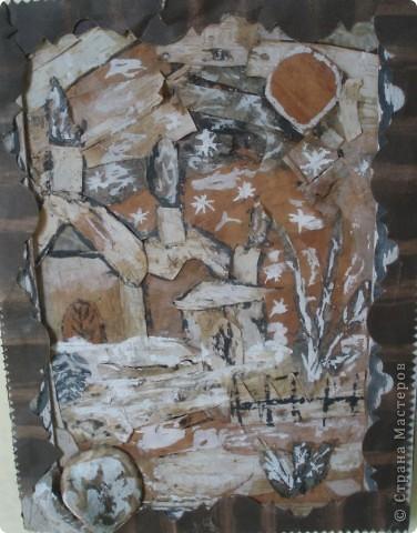 вот такое панно я делала в детский сад, когда в него ходил еще Артуша, недавно его увидела на стене в холле, прошло столько лет, а оно еще украшает стены детского сада, выполнен рисунок на бересте.