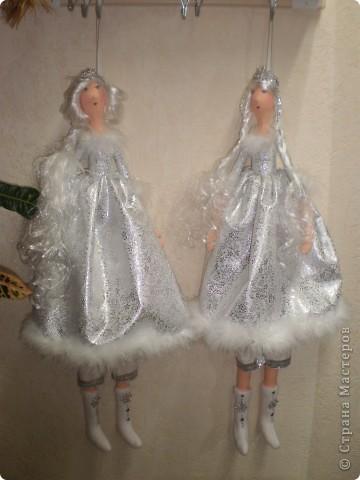 К новому году Снегурочки тильды. Рост 65 см. Сапожки, штаны и короны съемные. фото 1