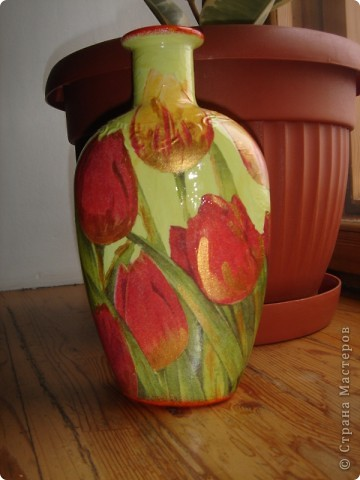 вот такая вазочка получилась из коньячной тары:) фото 1