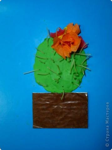 Спасибо за идею Sandalkе!      http://stranamasterov.ru/node/108932?tid=903  Сегодня с ребятишками делали кактус. Вдохновились посмотрев мультфильм  «Лунтик кактус» и вот наши цветущие кактусы.  фото 1