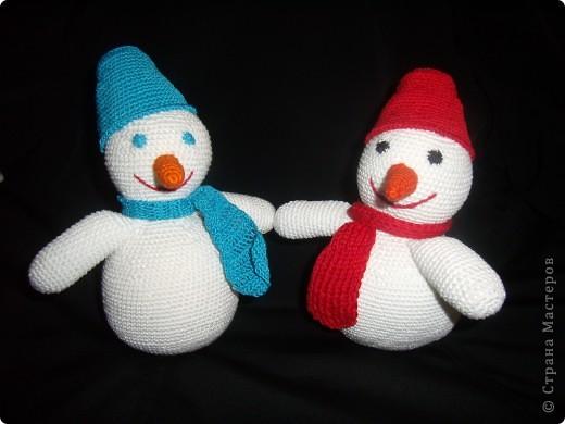 """Снеговик """"Прошка"""" )) Связала вечером, а утром снег выпал))  фото 2"""
