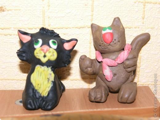 """Признаюсь, что это """" повторялки"""" . Котика увидела в Стране, а зайца нашла в Инете. Воспользовалась идеями и получились символы наступающего 2011 года. фото 2"""