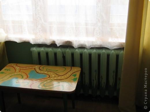 """В прошлом году мы затеяли ремонт в детской комнате. Хотелось всего и сразу. Стены были утеплены пенопластом, под ламинатом положили """"теплый пол"""". Дизайн получился авторский - рождался по месту. фото 12"""